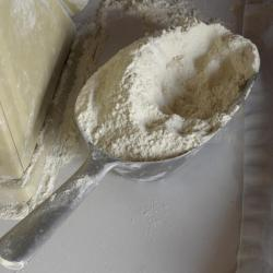 farine et pelle